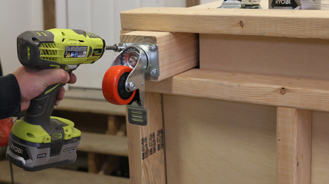 workbench with caster wheels